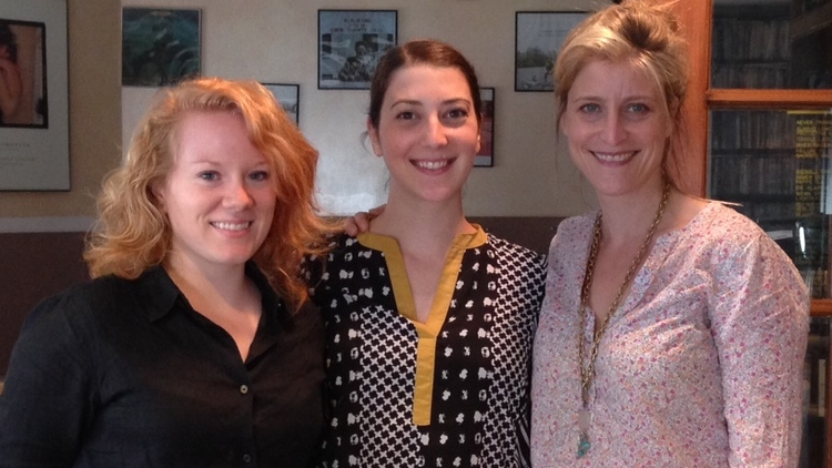 Cristina, in the middle with assistant editor Sophie Worm and Tessa