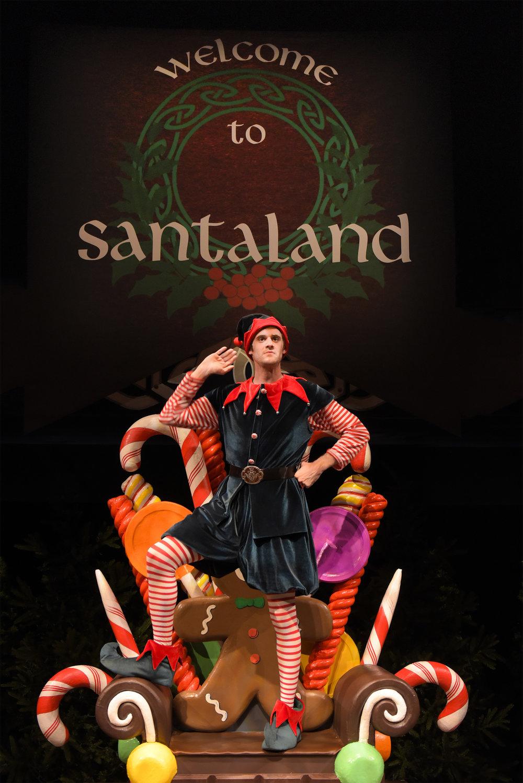 TW The Santaland Diaries 1_Kevin Berne.jpg
