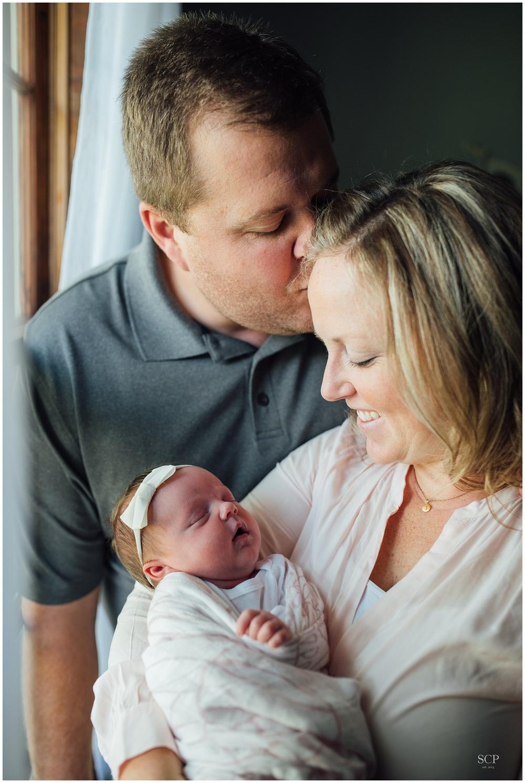 newborn lifestyle omaha bachmann-4839.jpg