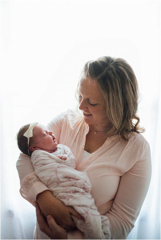 newborn lifestyle omaha bachmann-4818.jpg