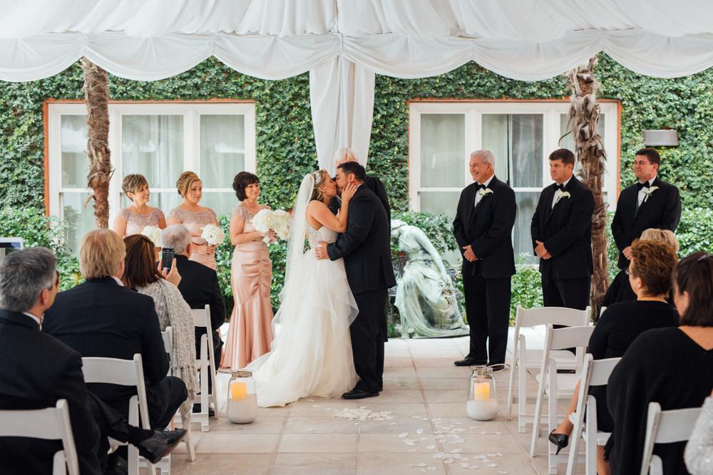 mansion on forsyth savannah wedding brittney adam-6077.jpg