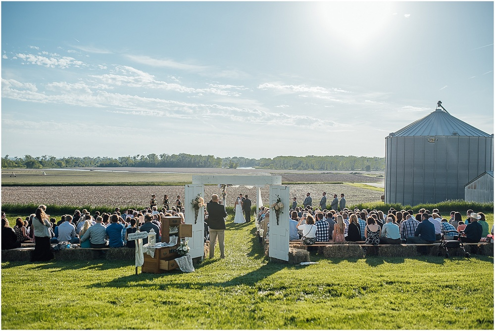 spring farm wedding nebraska jillian andrew-105-2.jpg
