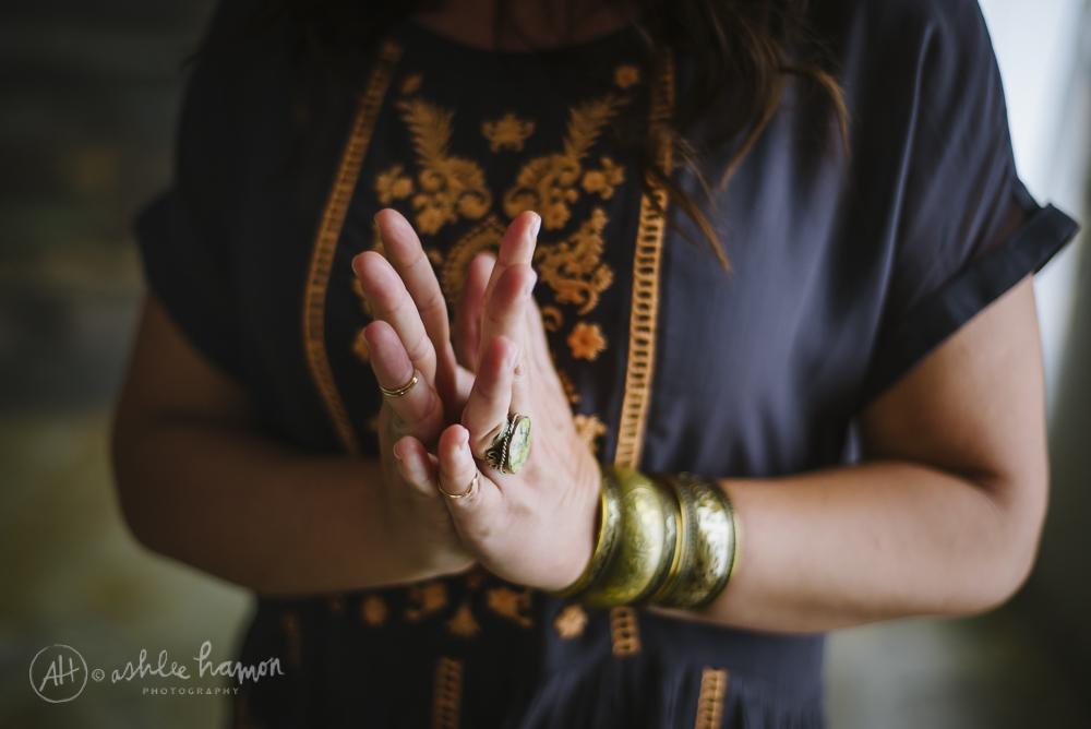 hillary-hands.jpg