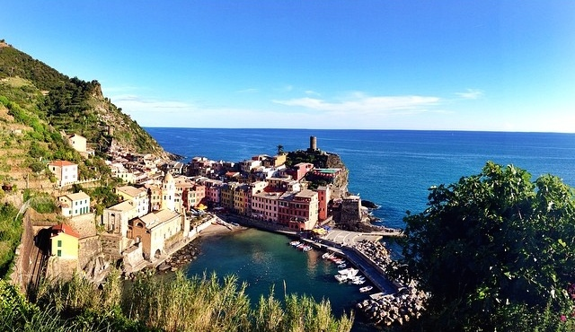 View from my hike from Monterosso to Vernazza // Cinque Terre