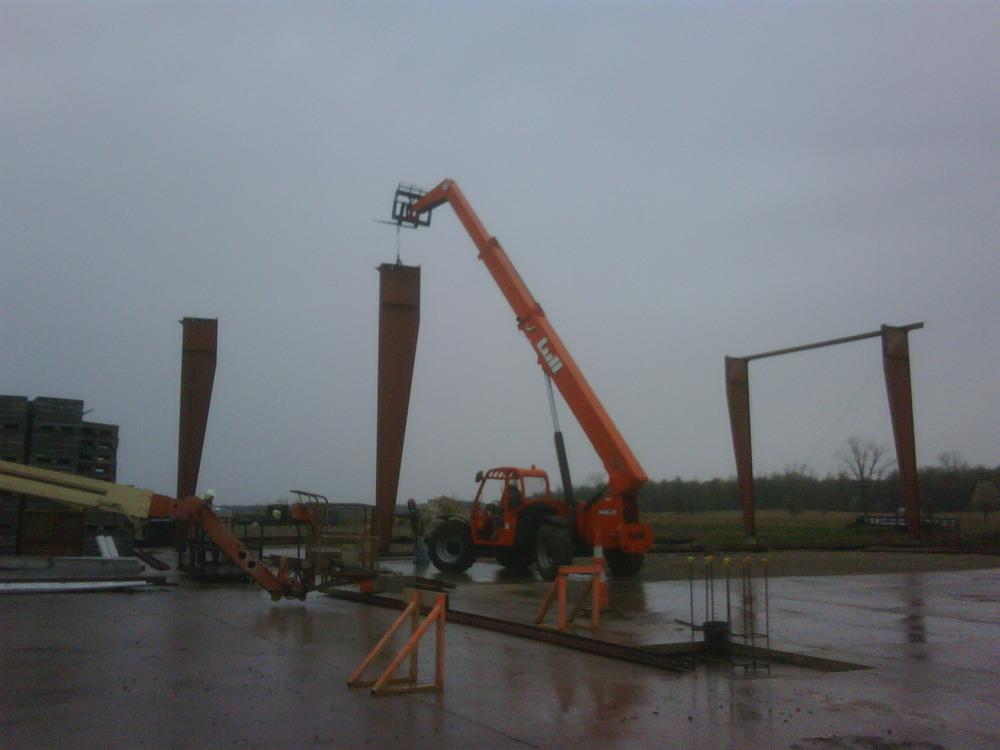 Steel Erection 002.JPG