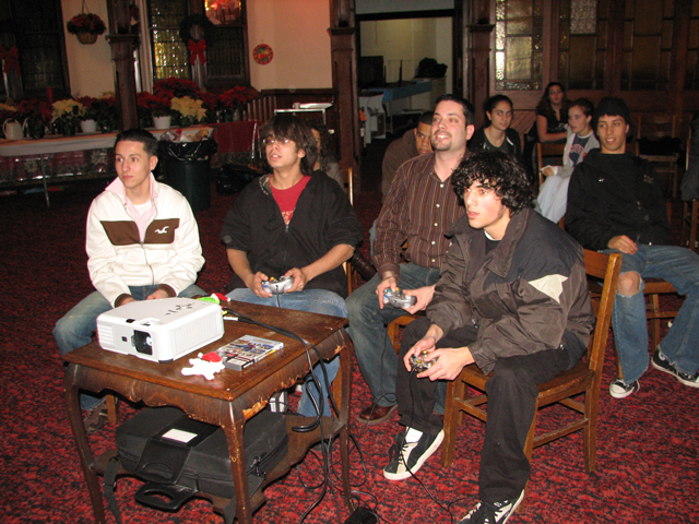 staffxmas2006_37.JPG