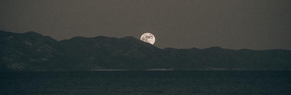 Full moon in La Ventana!