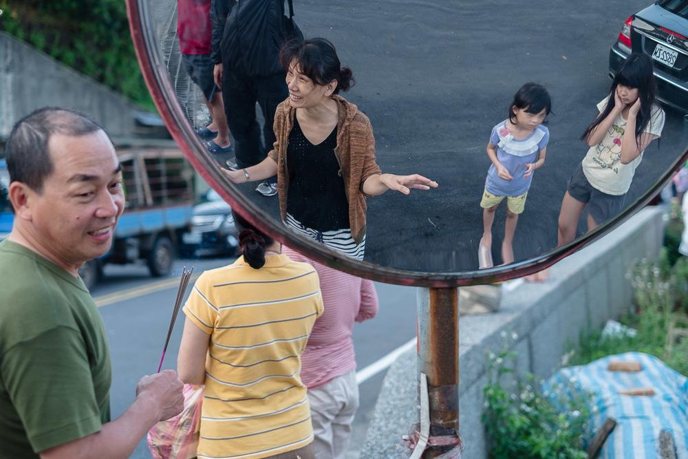 people-03.jpg