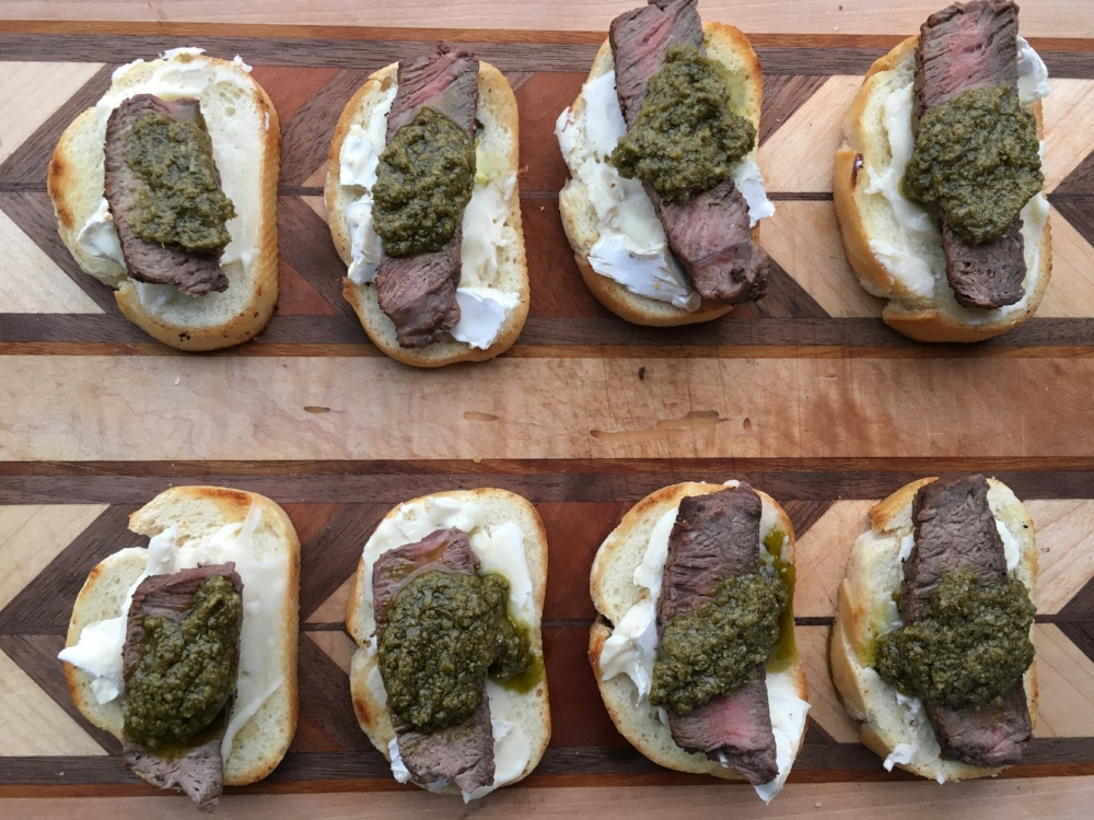filet mignon and brie crostini