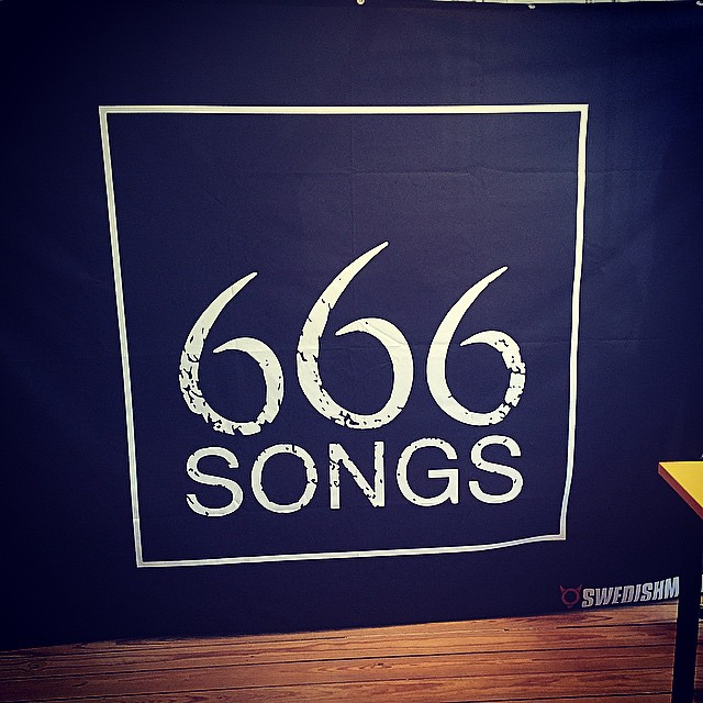 The backdrop is ready for 666 LIVE! Are you coming tonight to Harry B James? #live #Stockholm #röj