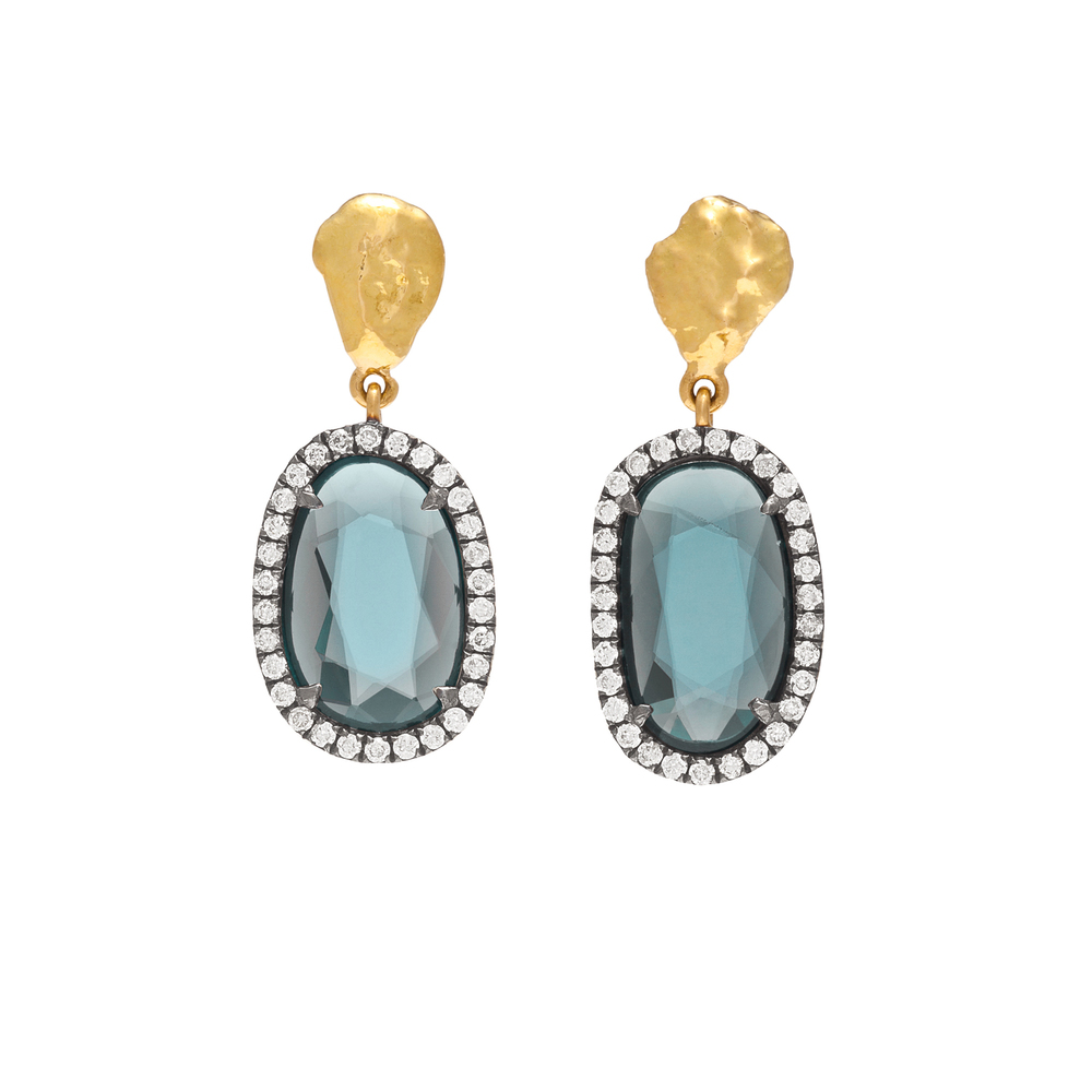 Transmuting gold earrings spinel