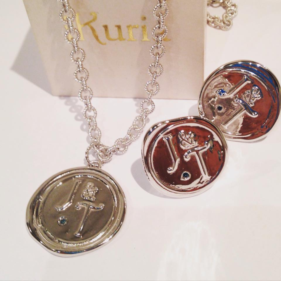 silver-pendant-cufflinks.jpg