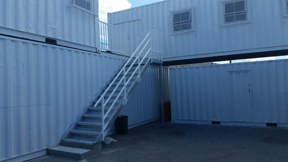 #container building