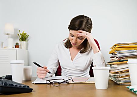 Image :http://www.doktercewek.com/wp-content/uploads/2013/10/Cara-Mencegah-Kantuk-dan-Loyo-Setelah-Makan-Siang.jpg