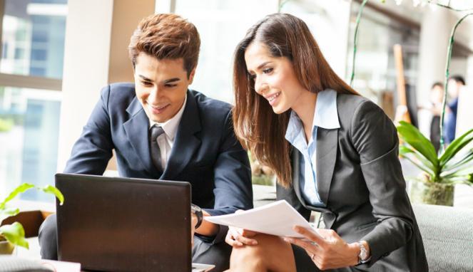 Image :http://media.viva.co.id/thumbs2/2013/12/03/231841_ilustrasi-pekerja-pria-dan-wanita-di-kantor_663_382.jpg