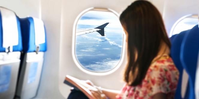 Image :http://www.molto.co.id/media/molto/klimg/news/2015/10/20/11311/664xauto-daftar-barang-yang-harus-ada-saat-perjalanan-di-pesawat-1510205.jpg