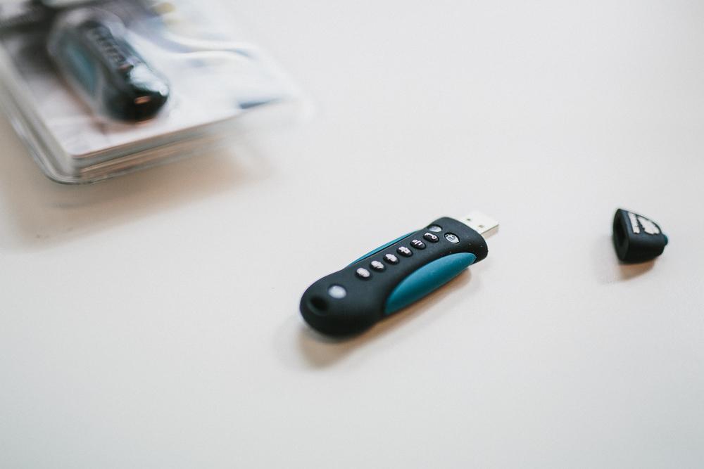 corsair sikker minnepenn