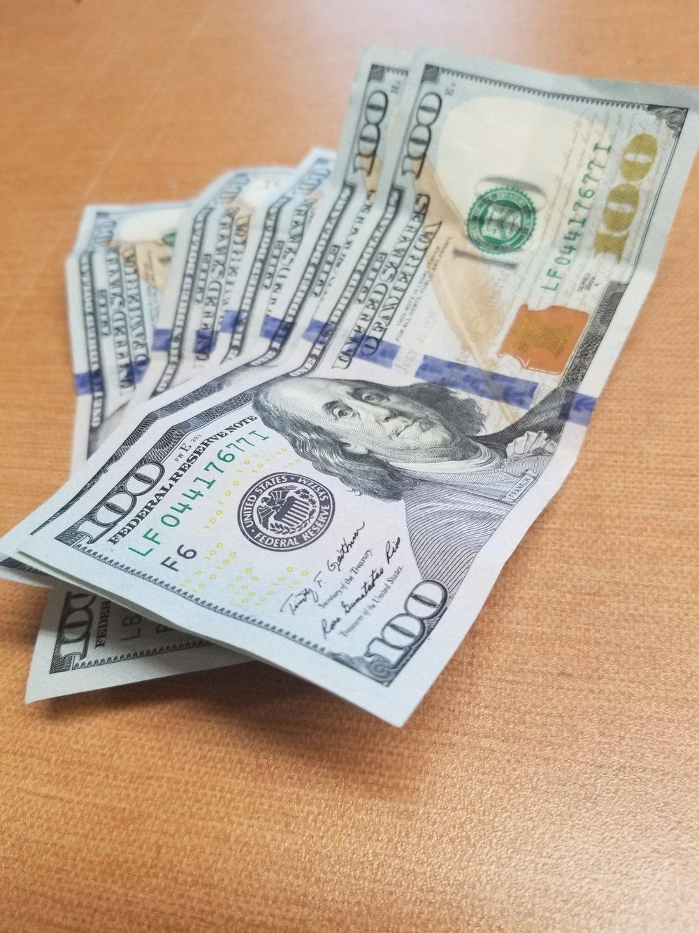 100-500-cash-769135.jpg