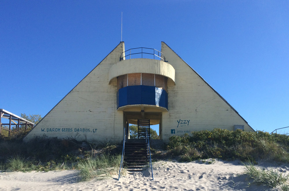 DO ARCHITECTS_04 BAYWATCH STATION BEFORE RENOVATION.jpg