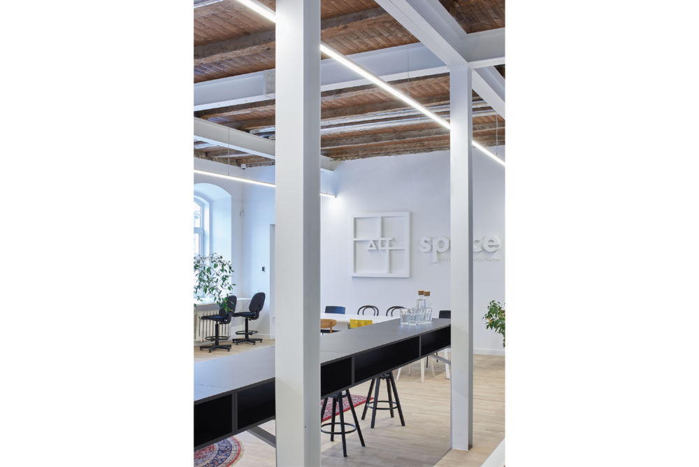 DOARCHITECTS_Islandia str.6._office-03.png