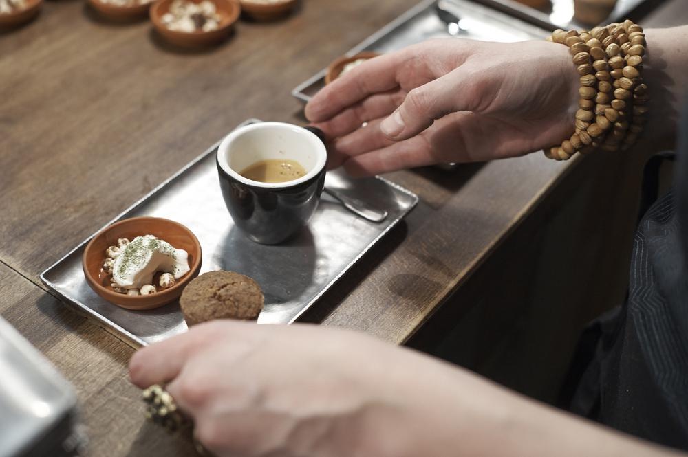 Cafe gourmand, Baumnuss, Verveine, Weizen