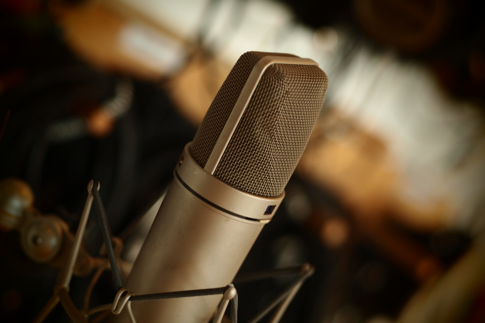 Microphones used for 80s snares: - Vintage U87 - Vintage AKG C451B - Shure SM57 - SE Voodoo VR1