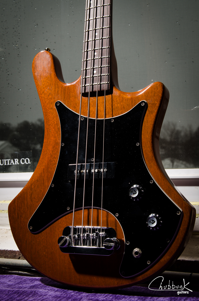 1978 Guild B-301 bass :: setup