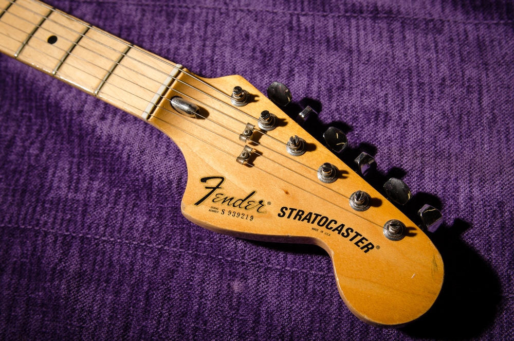 Fender's large '70's peghead. I'm a big fan of these.