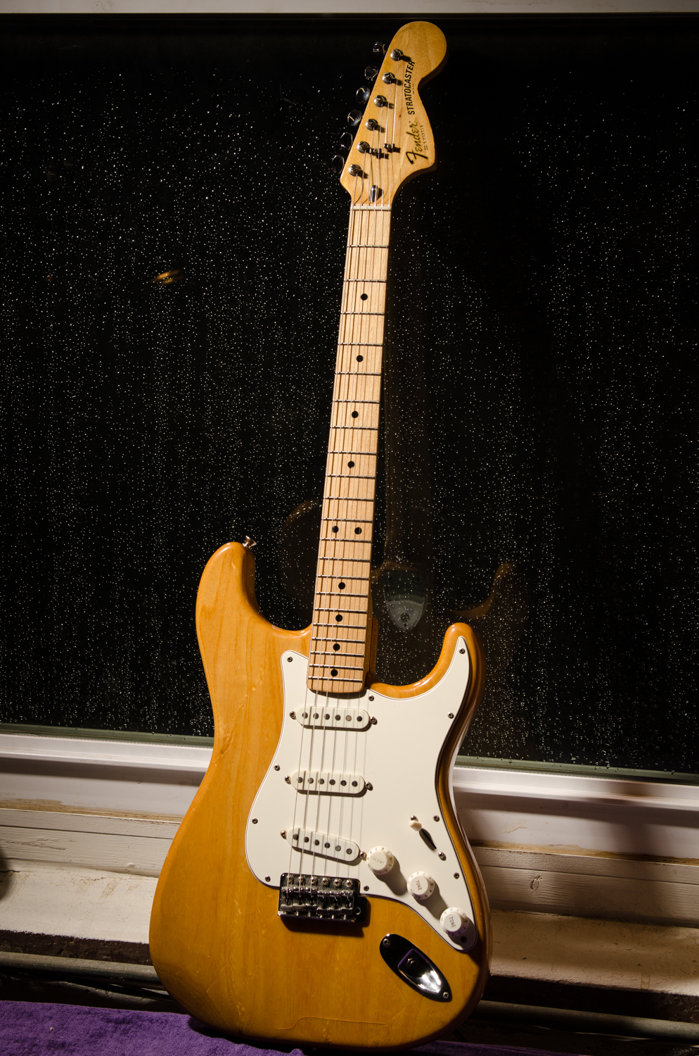 1979 Fender Strat back to it's stock configuration, now with a new pickguard, frets and a new bone nut. I always love Strat's 4th position, which is the middle and bridge pickup together – spanky and funky.