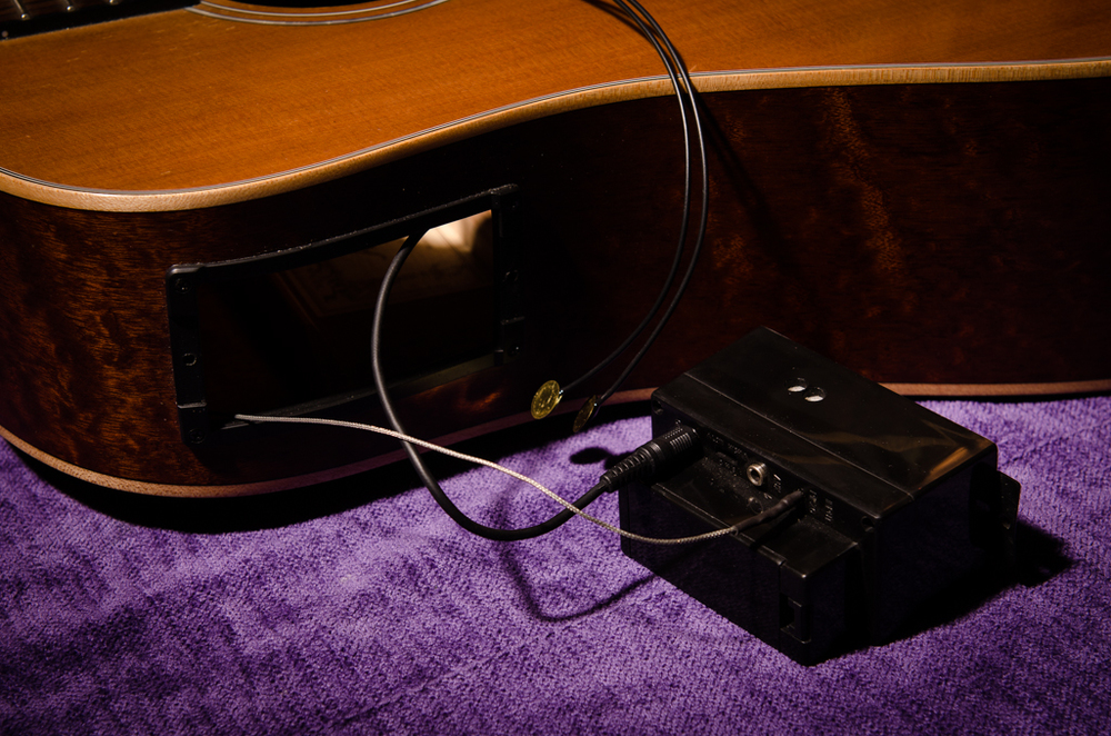 The new pickup spliced into the original pickup lead. The pickup is the shielded cable and the other wire runs to the output jack.