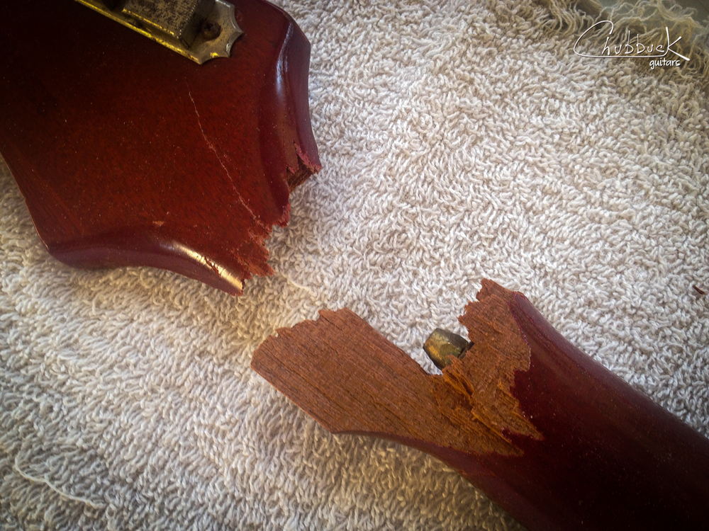 And here is the back of the head break. Note the long split running up the rear of the headstock - that is going to need to be glued as well.