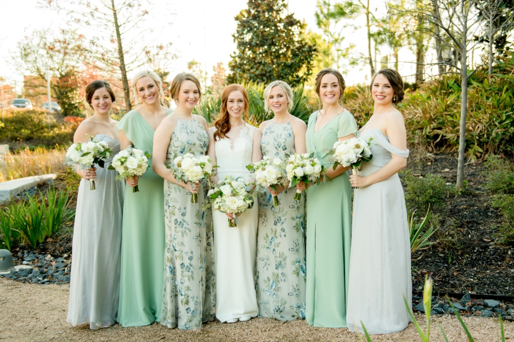 Mint and ivory floral print bridesmaids dresses | The Dunlavy