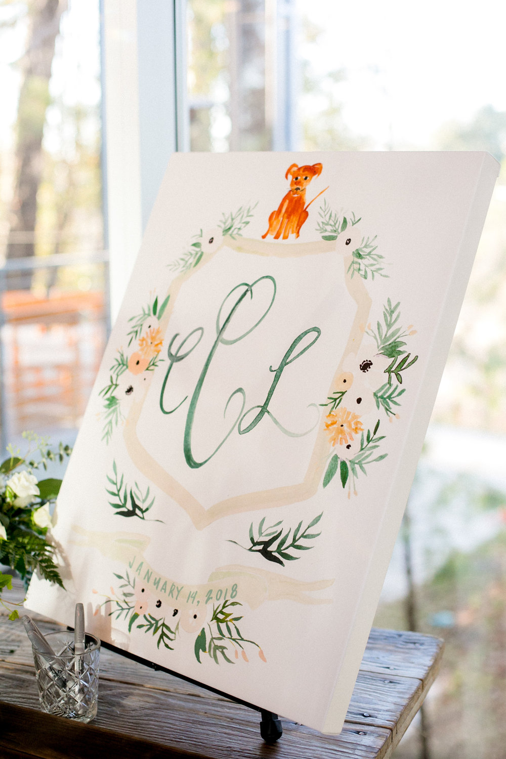 Wedding at the Dunlavy Houston | Hand painted crest