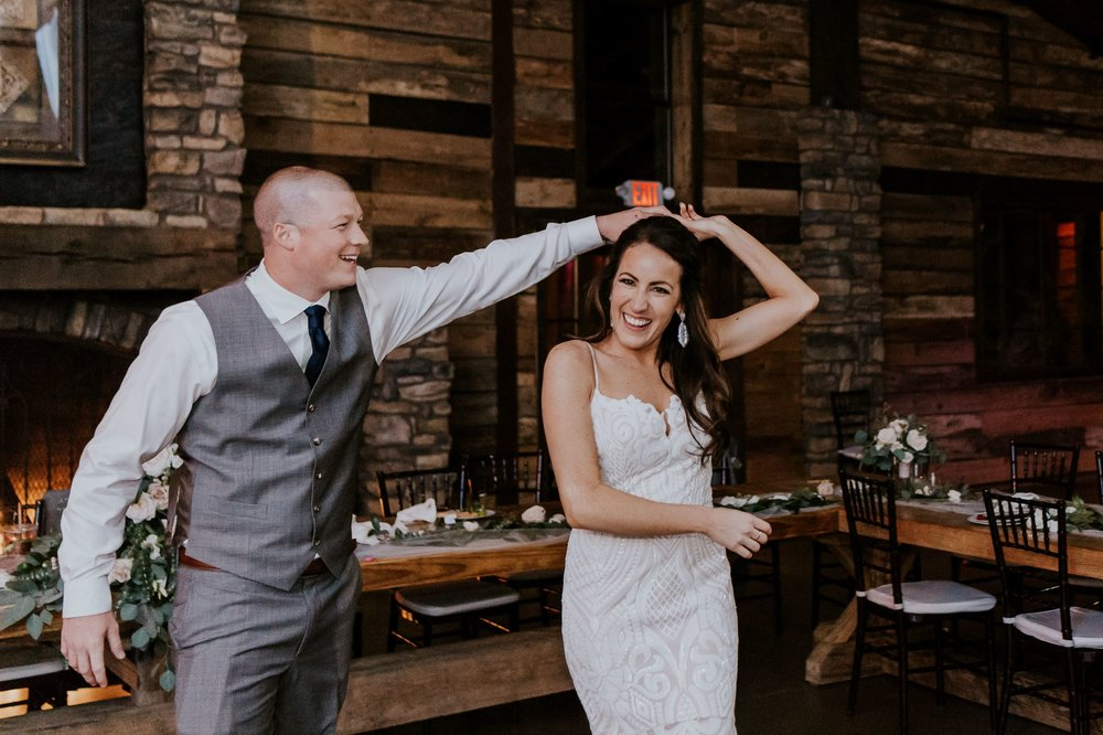 Dancing at Big Sky Barn Wedding|Houston Wedding Planner