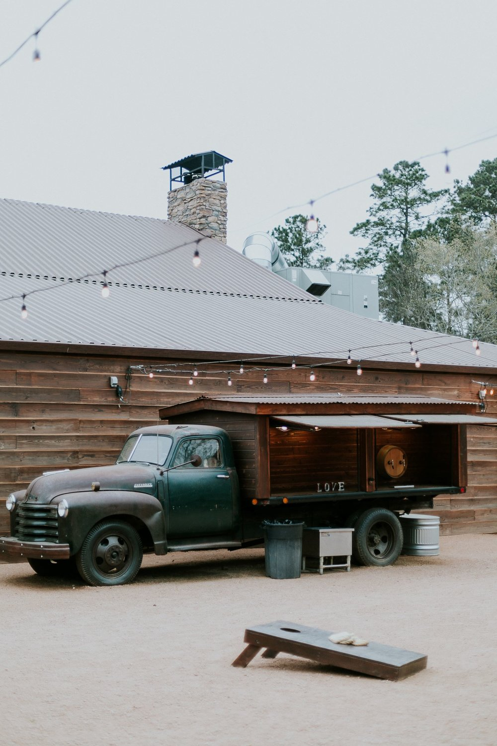 Bar Set Up| Big Sky Barn Wedding| Houston
