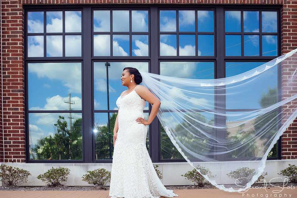 Bride Photo Shots|Noah's Event Venue|Houston Wedding Planner