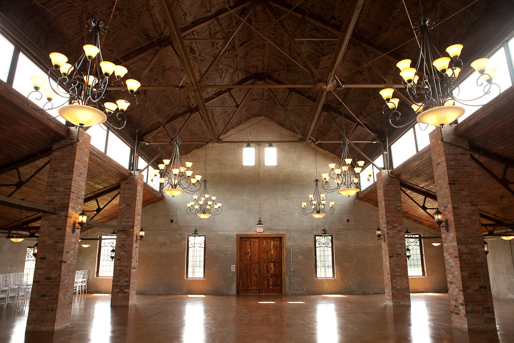 Historic Wedding Venues in Houston | Olde Dobbin Station