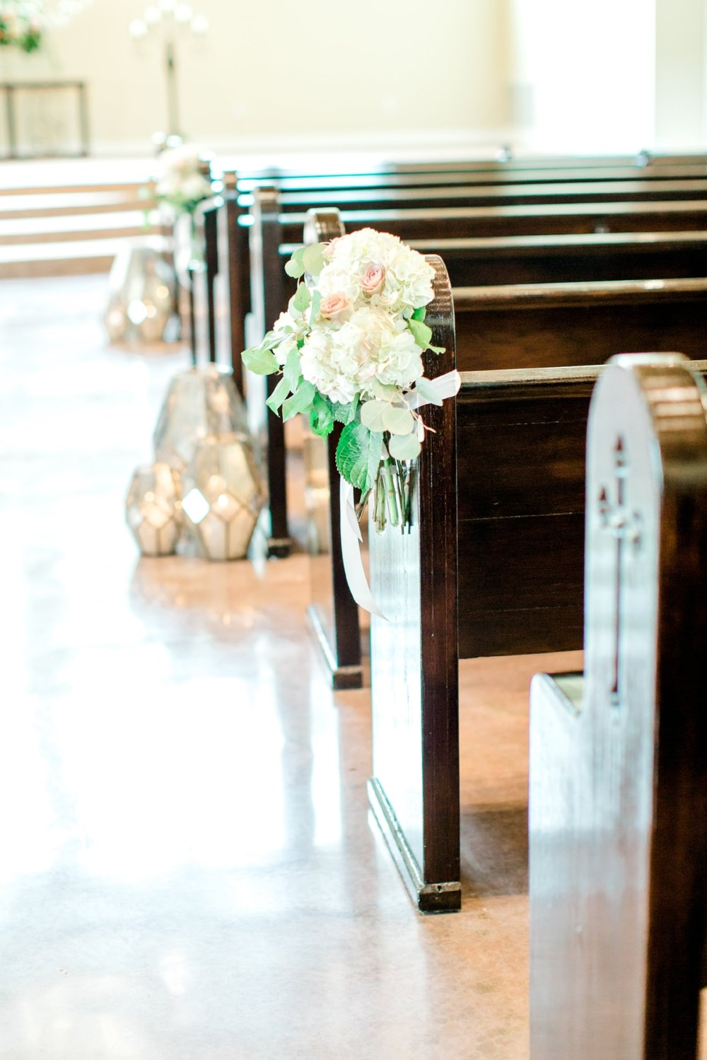Aisle Decor with Flowers and geometric lanterns | Southern Lace Estates, designed by Plan Our Day and the Bloom Room