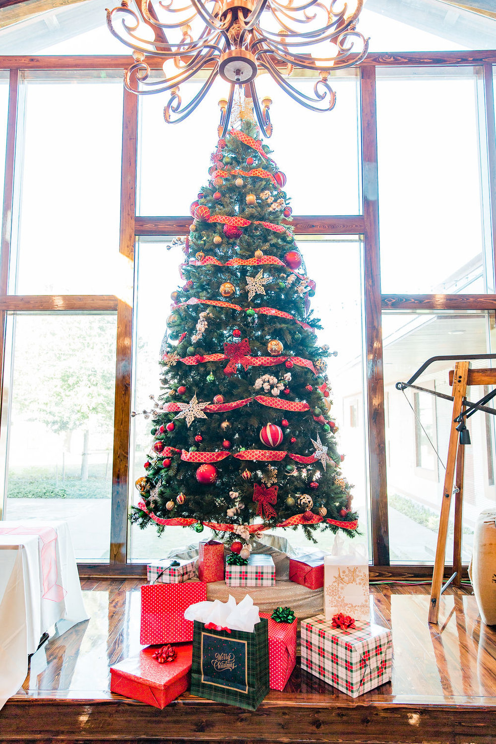 Cotton Gin Christmas Party in Brookshire | Houston Event Planners
