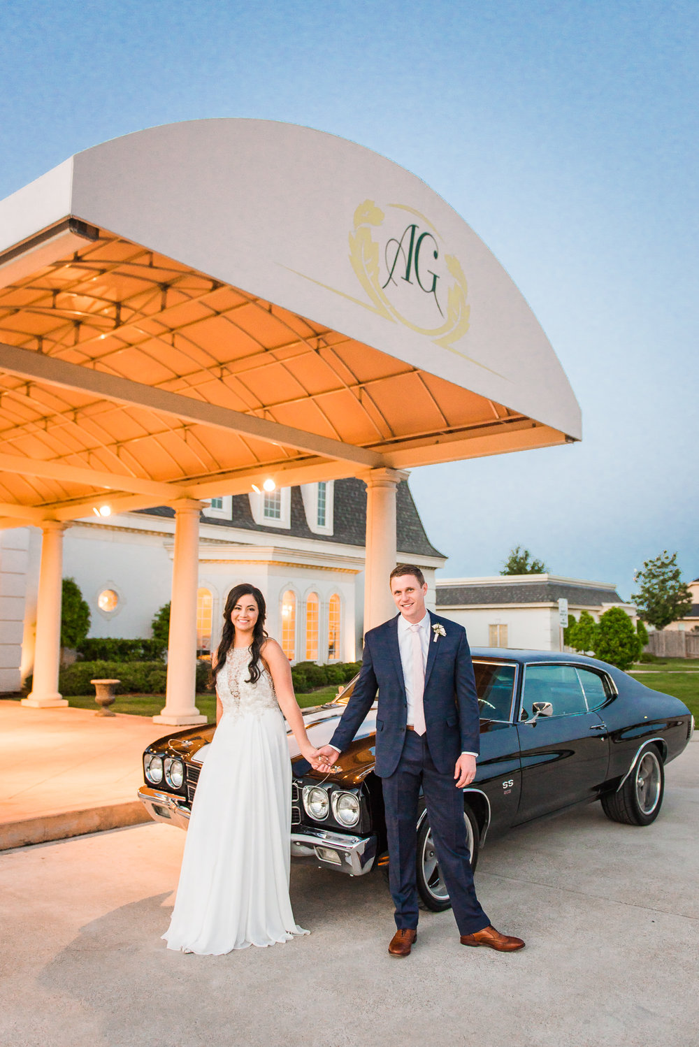 Vintage getaway car | Houston Weddings