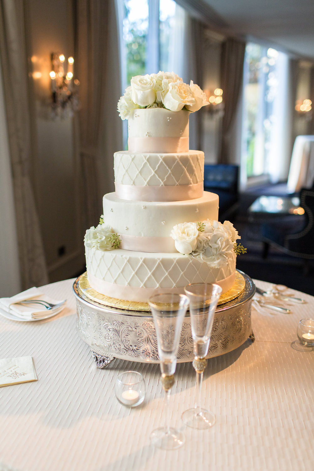 Classic wedding cake, all white, Hotel Zaza wedding