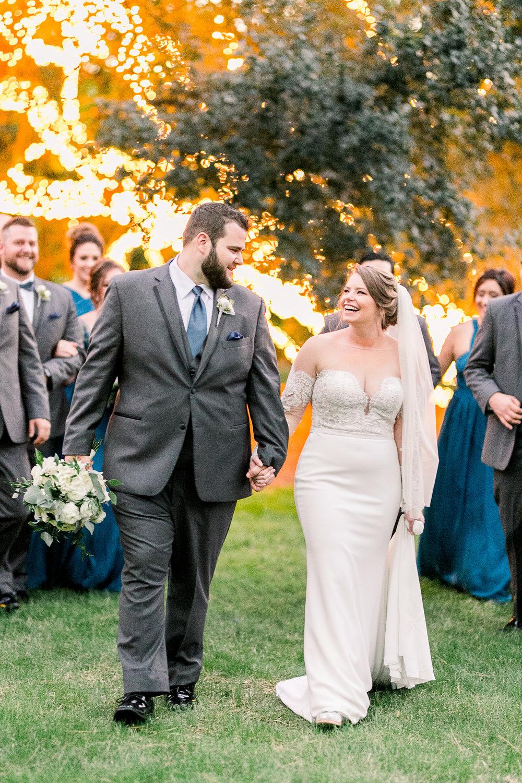 Fairy lights| Houstonian Club Outdoor Wedding