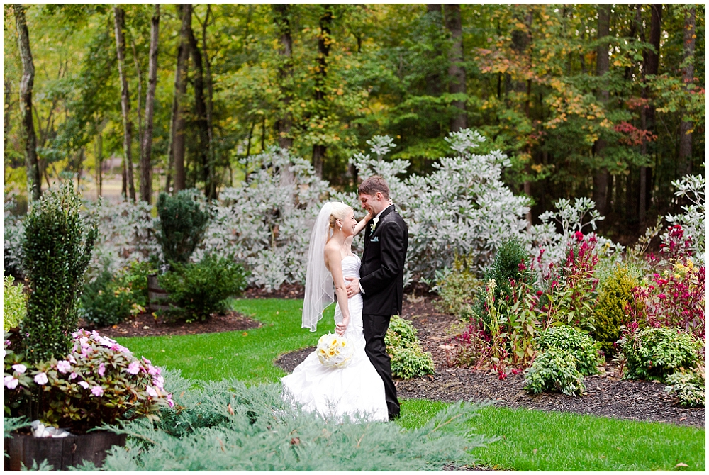 wedding at the gardens at serenity cove photography
