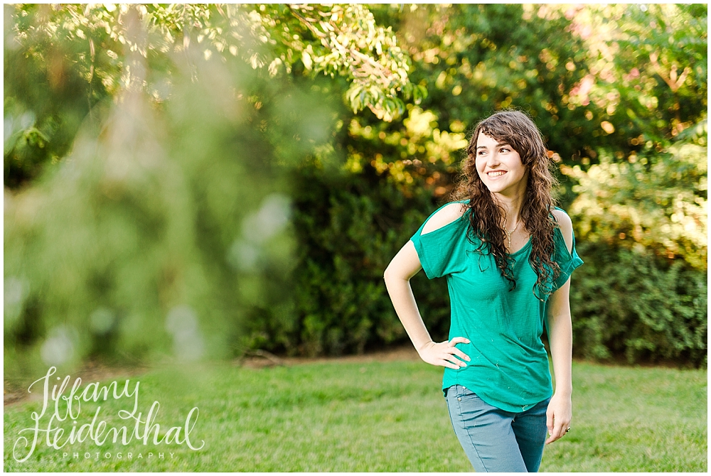 Senior Portrait Photographer_0012.jpg