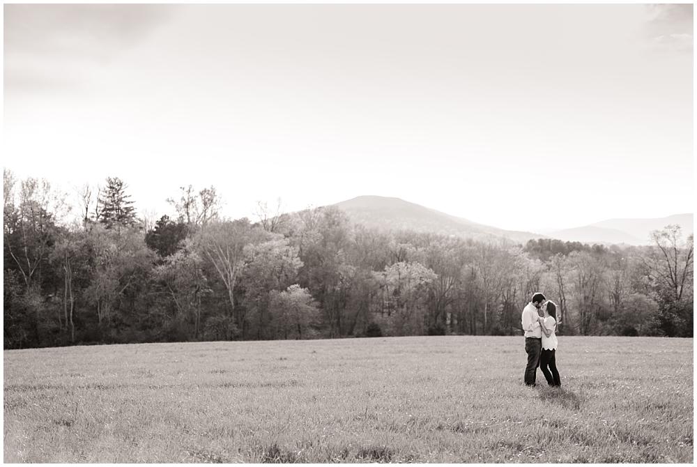 CharlottesvilleWeddingPhotographer_0024.jpg