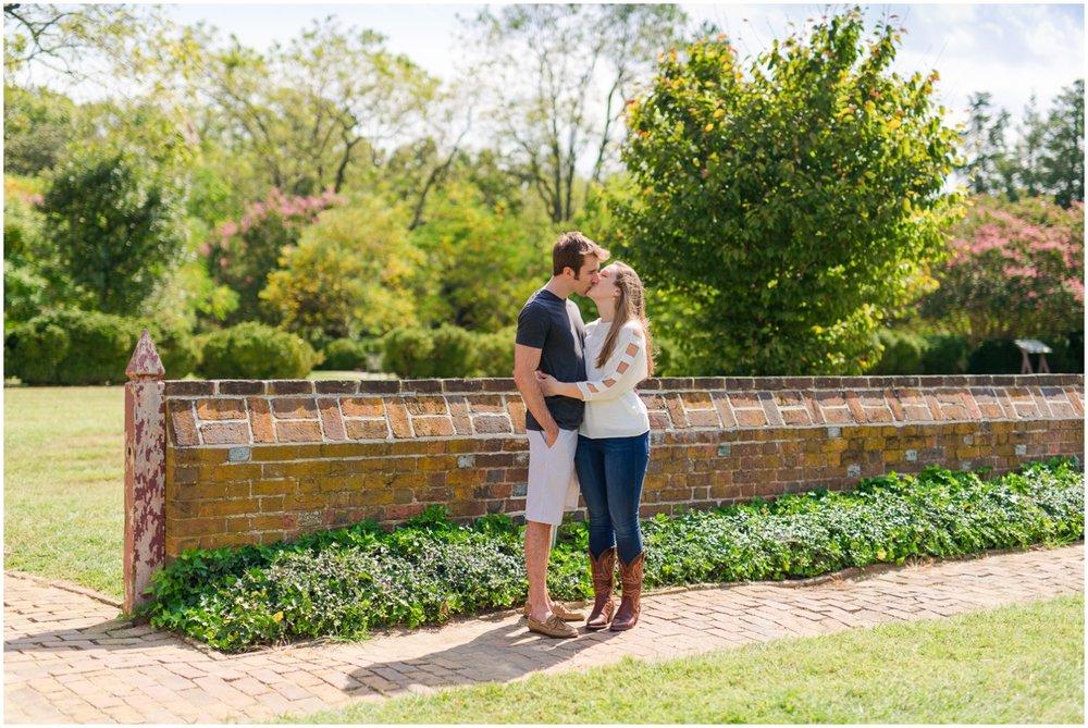 Engagement Photographer Richmond VA_0030.jpg