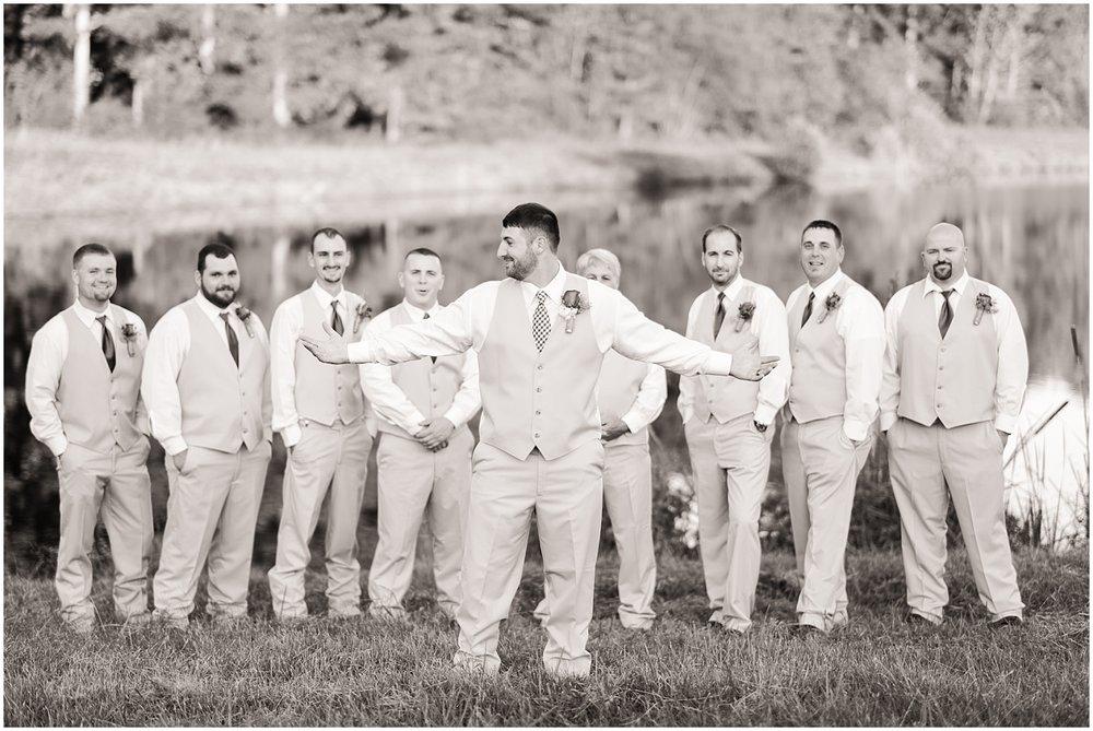 Rustic Country Wedding Virginia Photographer (44).jpg