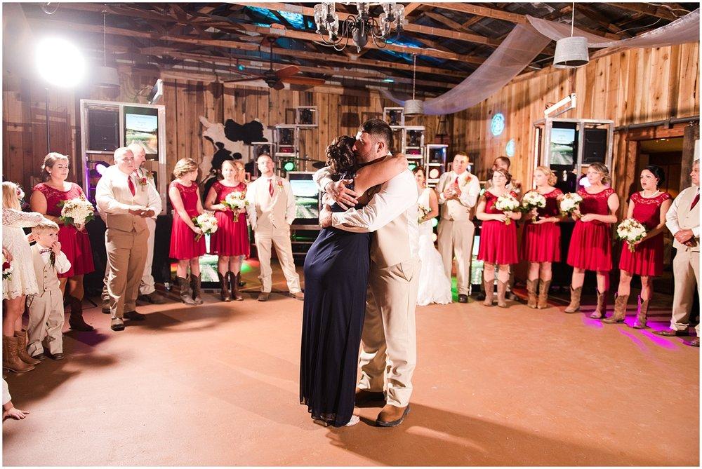 Rustic Country Wedding Virginia Photographer (53).jpg