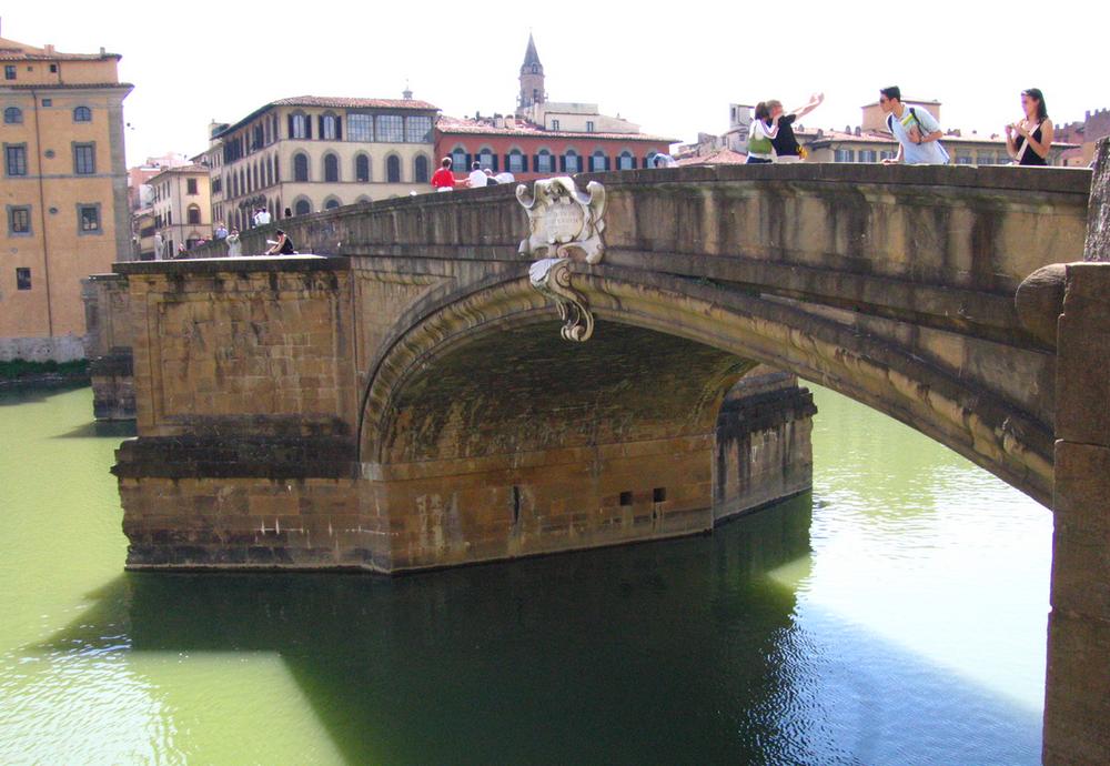 Santa Trinita Bridge