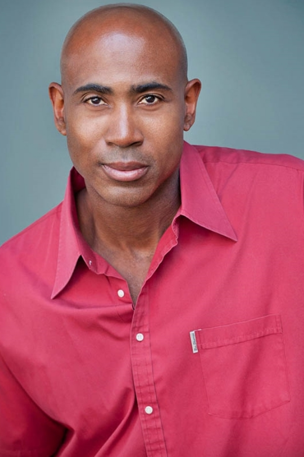 Lamont Thompson, Los angeles best headshot photographer, hollywood head shots,The Brink, Mike & Molly, Evan Almighty, 3 days to kill, Southland, 24, ER, The O.C., desperate housewives, bones,